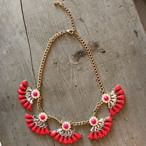 Jewelry - Pink/Red Statement Necklace